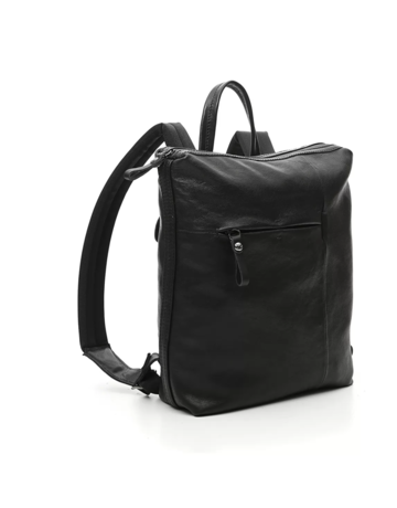 Campomaggi Backpack. Small. Genuine leather. Black.