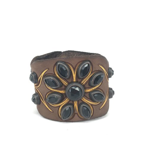 """Campomaggi Leather Bracelet. Wide. Mixed studs in """"N"""" pattern. Moro"""