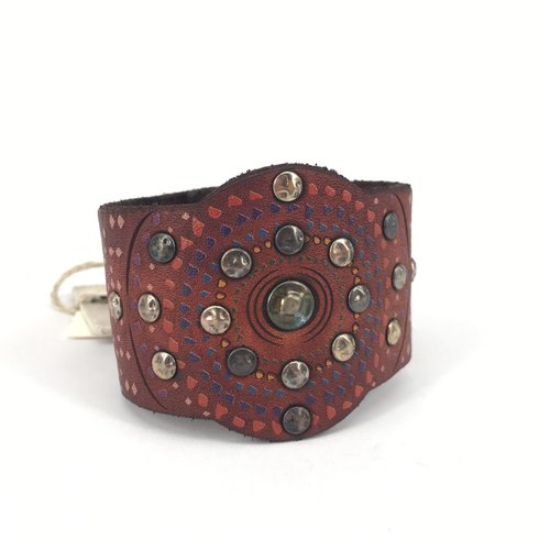 Campomaggi Leather Bracelet. Wide. Mixed studs. Red Purple