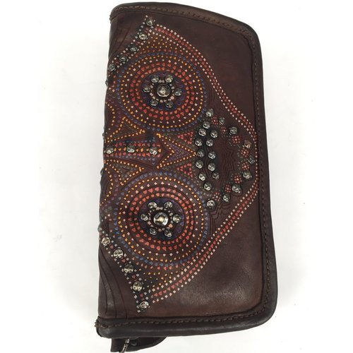 Campomaggi 100% Geniune leather wallet with studs. Moro