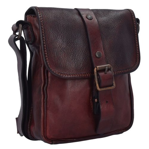 Campomaggi 100% genuine leather. Postman bag. (C4482). Red Purple.
