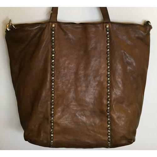Campomaggi 100% genuine leather. Line DAMIANA. Shopper. Studs Profile. Verde Militare.