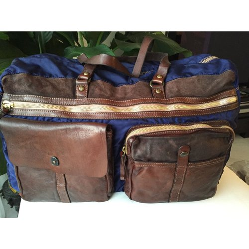 Campomaggi 100% Genuine leather and microfibre. Big gym bag. Blue tinted moro