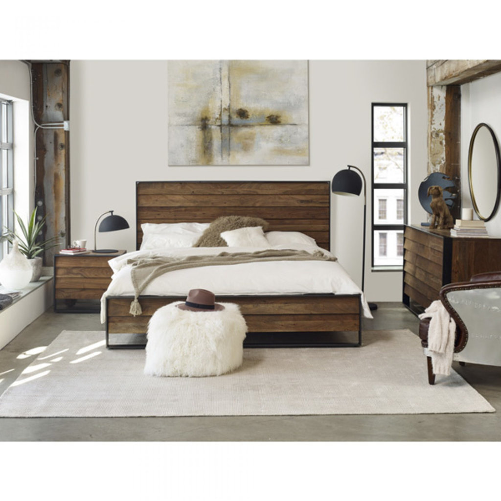 Moe's Home Collection Sevilla King Bed