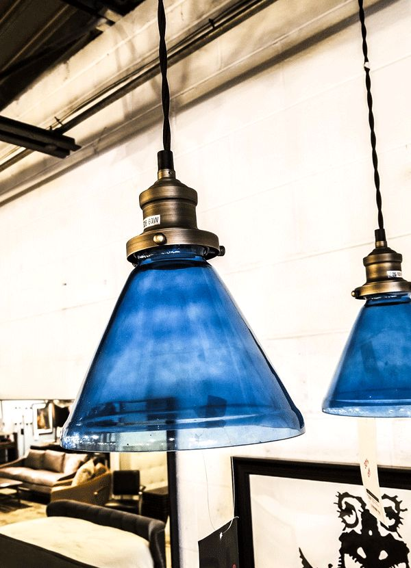 Nuevo Living PENDANT LIGHT - SINGLE BULB BLUE CA