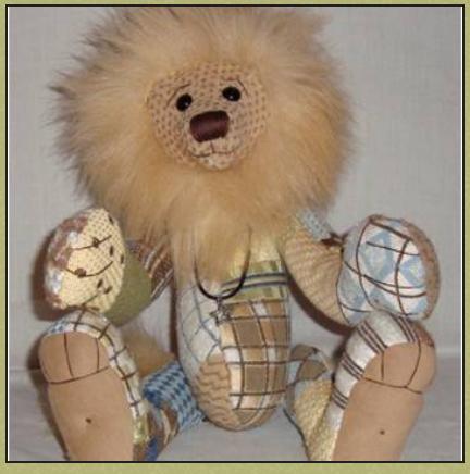 Leo the Lion w/Stitch Guide
