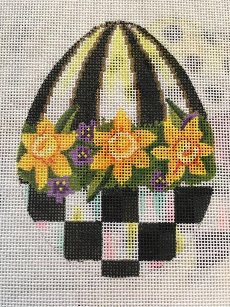 Daffodil B&W Egg