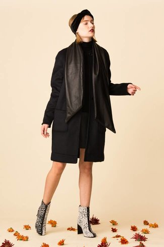 VEDA VEDA Monogram Double Wool Coat