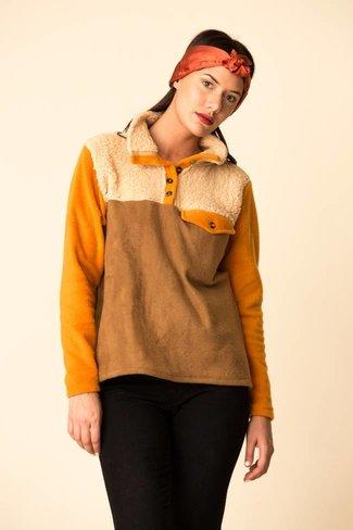 Donni. Donni Tri Fleece Sherpa Pullover - Camel/Tan/Mustard