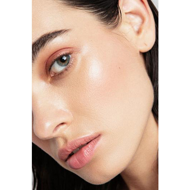 Kosas Powder Blush + Highlighter High Intensity in Longitude Zero