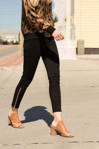 L'Agence L'Agence Sabine High Rise Skinny SS Zip