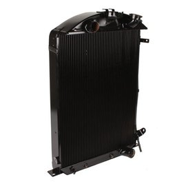 Custom Auto Radiator Custom Auto Radiator 32 Ford - 4-Core - With A/C - Outlet on Passenger Side
