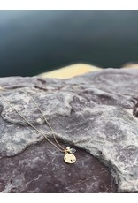 Sanddollar w/Stone & Pearl Necklace