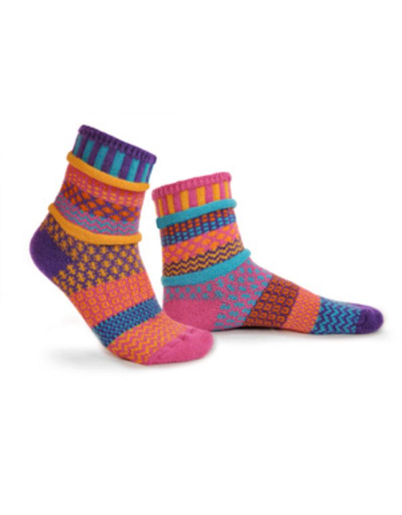 Carnation Adult Crew Socks