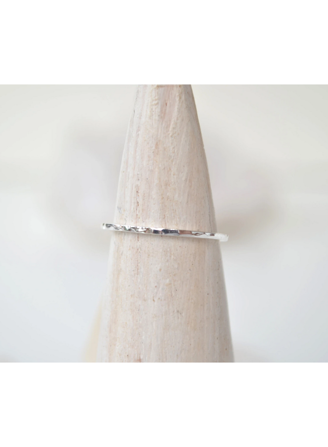 Dainty Hammered Band