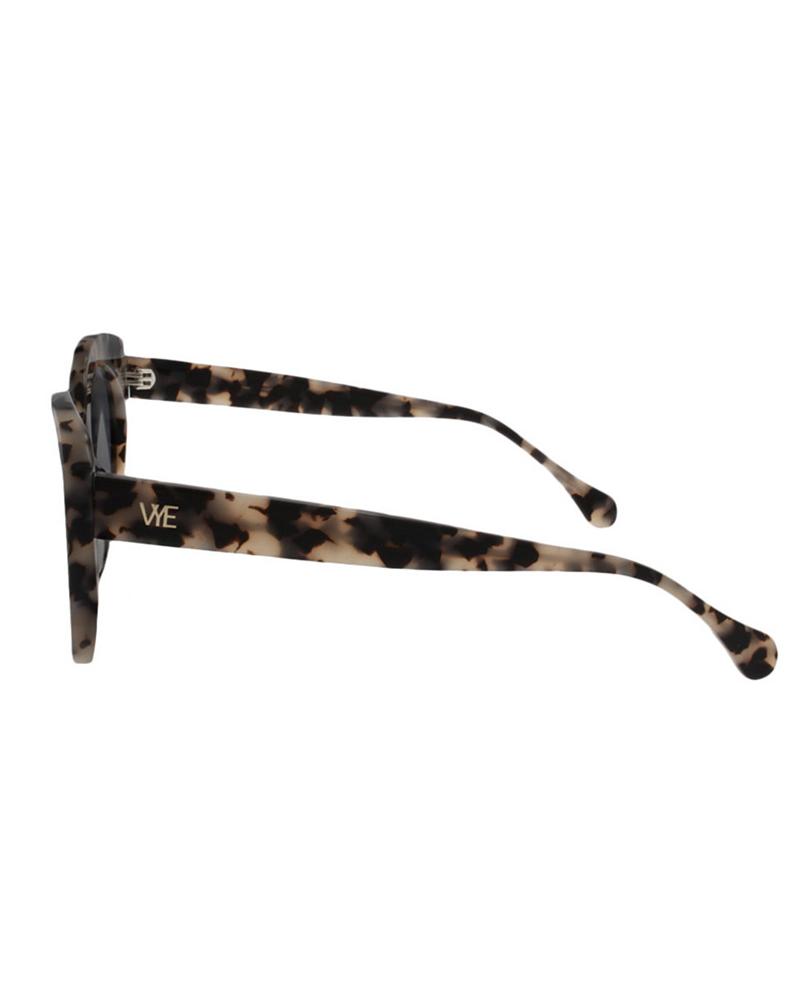 VYE EYEWEAR Vye Eyewear / Amour Eyewear