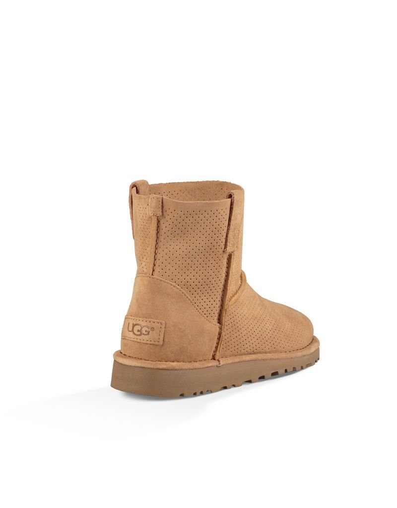 UGG UGG / Classic Unlined Mini Perf