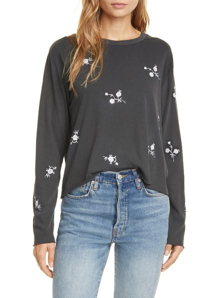 THE GREAT LONG SLEEVE CROP TEE WITH FLOWER EMBROIDERY