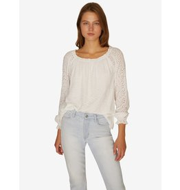 Sanctuary Sanctuary Blooming Eyelet Ballet Neck Blouse