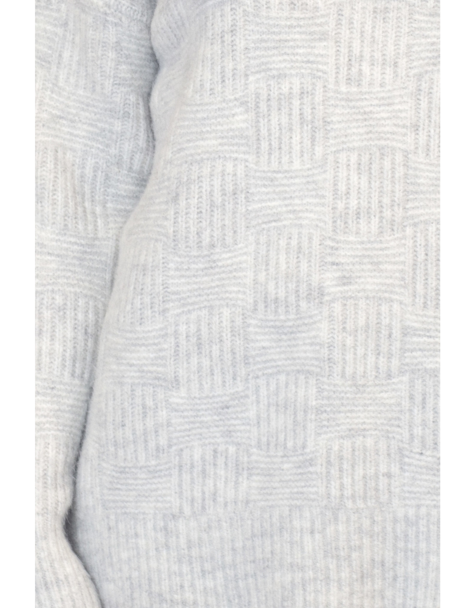 Lyla & Luxe Cosmo Mockneck Ribbed Sweater