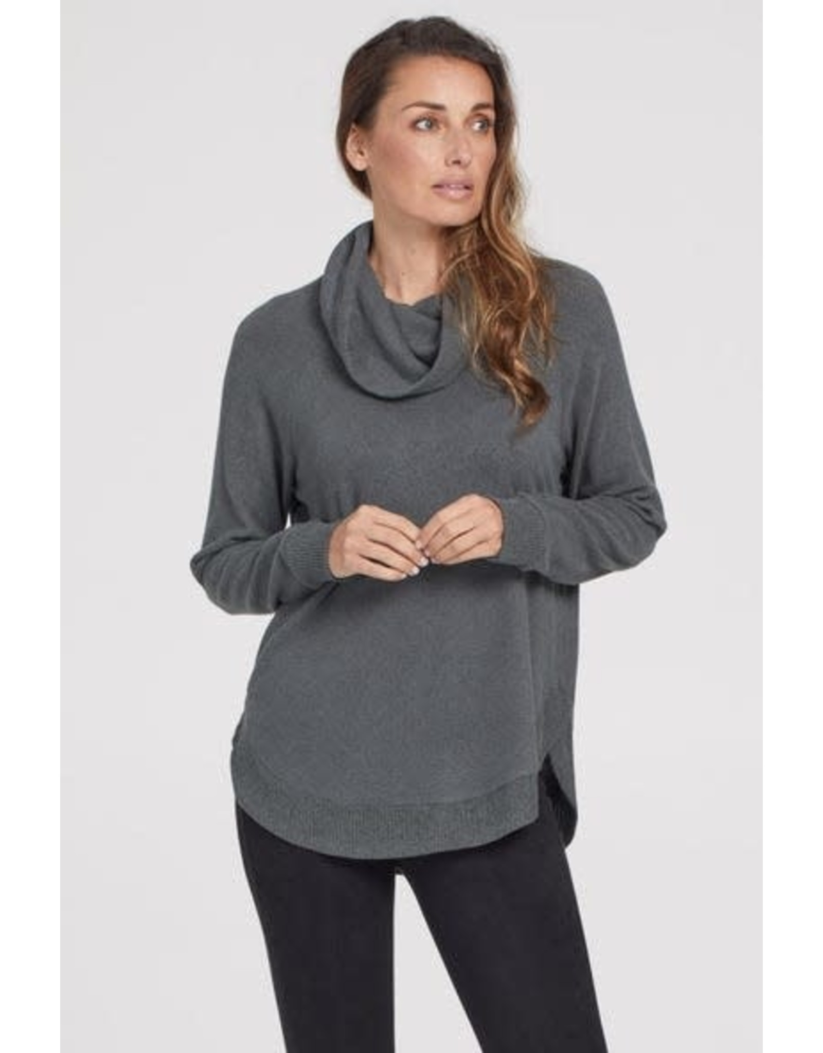 Tribal Tribal LS Cowl Shirttail Top