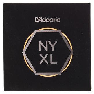 D'Addario D'Addario NYXL09564SB Custom Light 7-String Electric Guitar String Set .0095 / .064