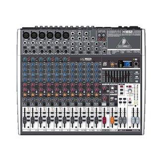 Behringer Behringer X1832USB console audio analogique avec FX et interface usb