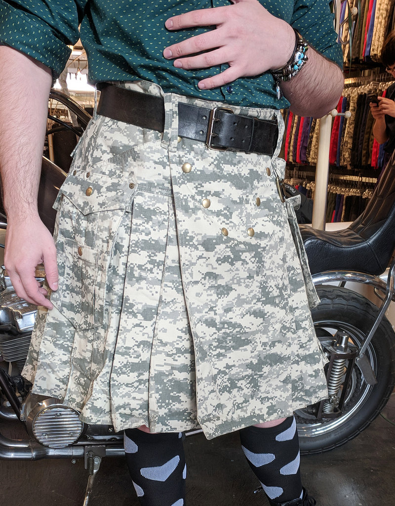 "The Survival Utilikilt 30  (31"" - 34.5"") ACU Digi Camo 21.5"" (5'2"" - 5'9"")"