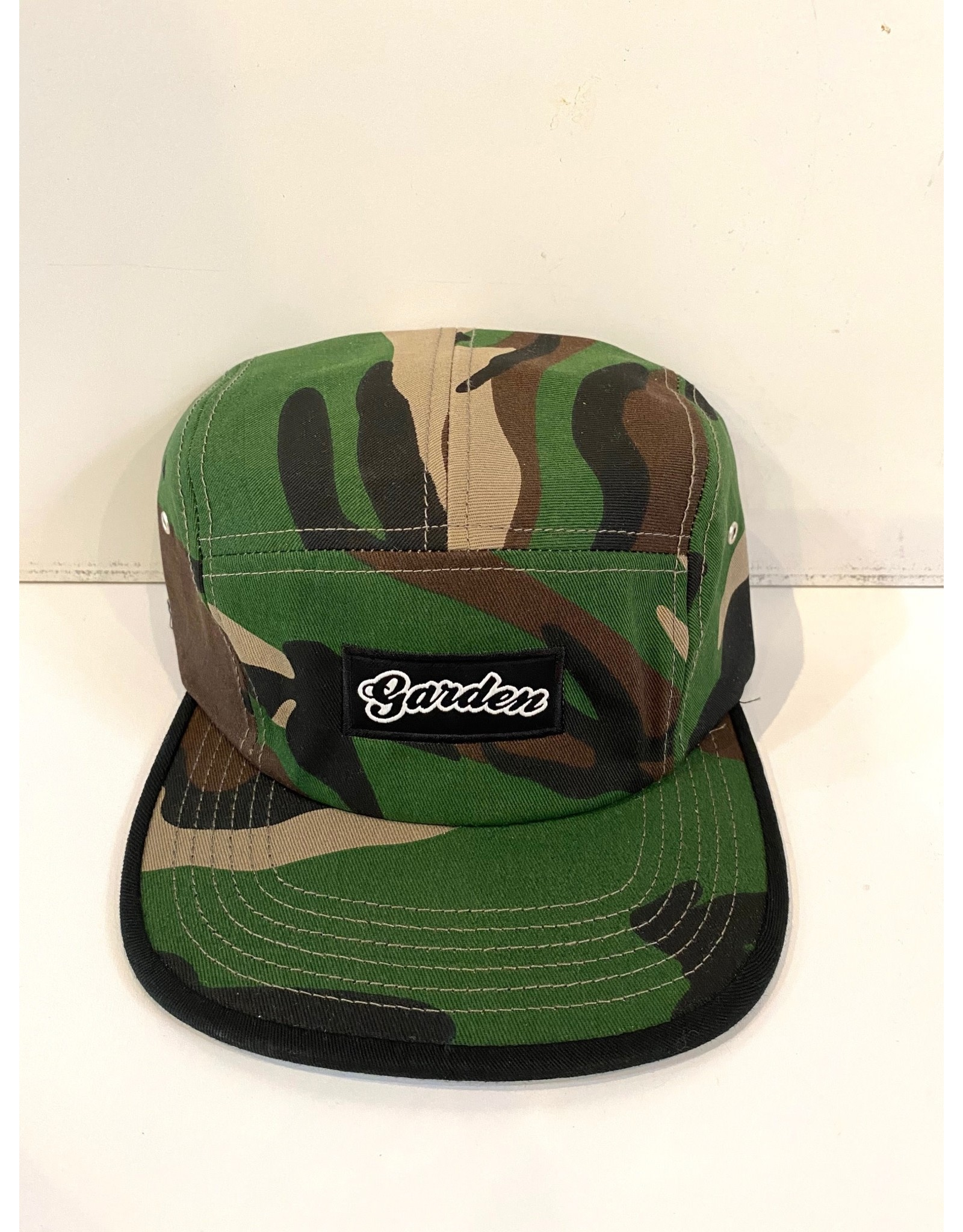 GARDEN GARDEN WOODLAND CAMO 5 PANEL CLIPBACK HAT