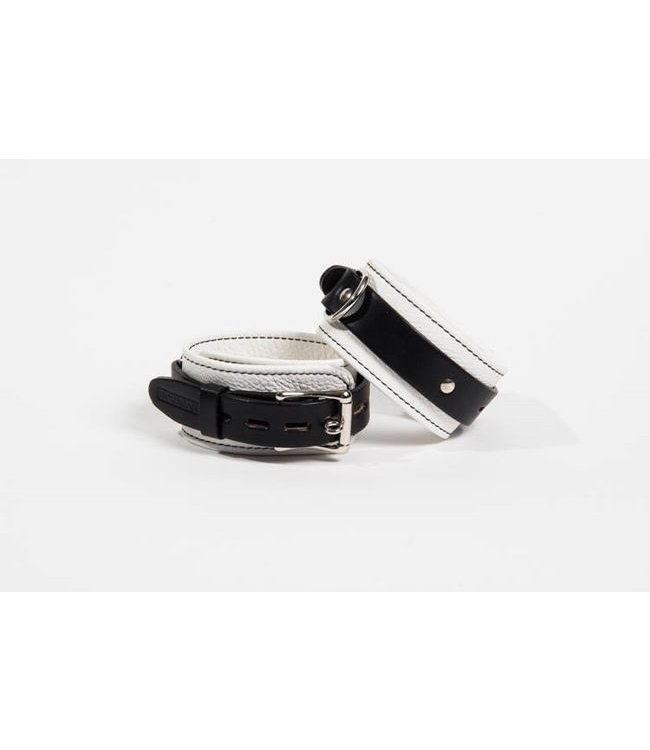 Sinvention Sinvention Sinfully Soft Leather Cuffs - Small