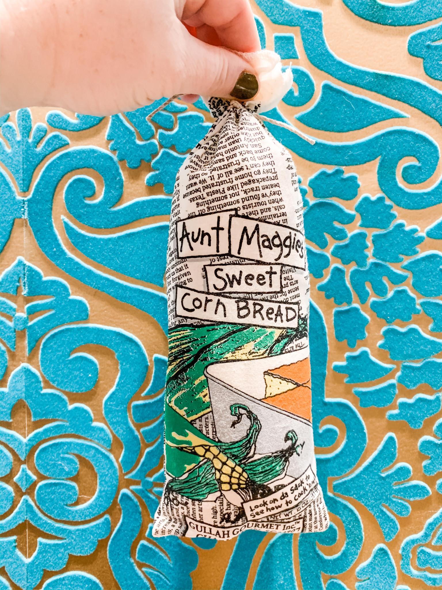 Gullah Gourmet Aunt Maggie's Sweet Cornbread