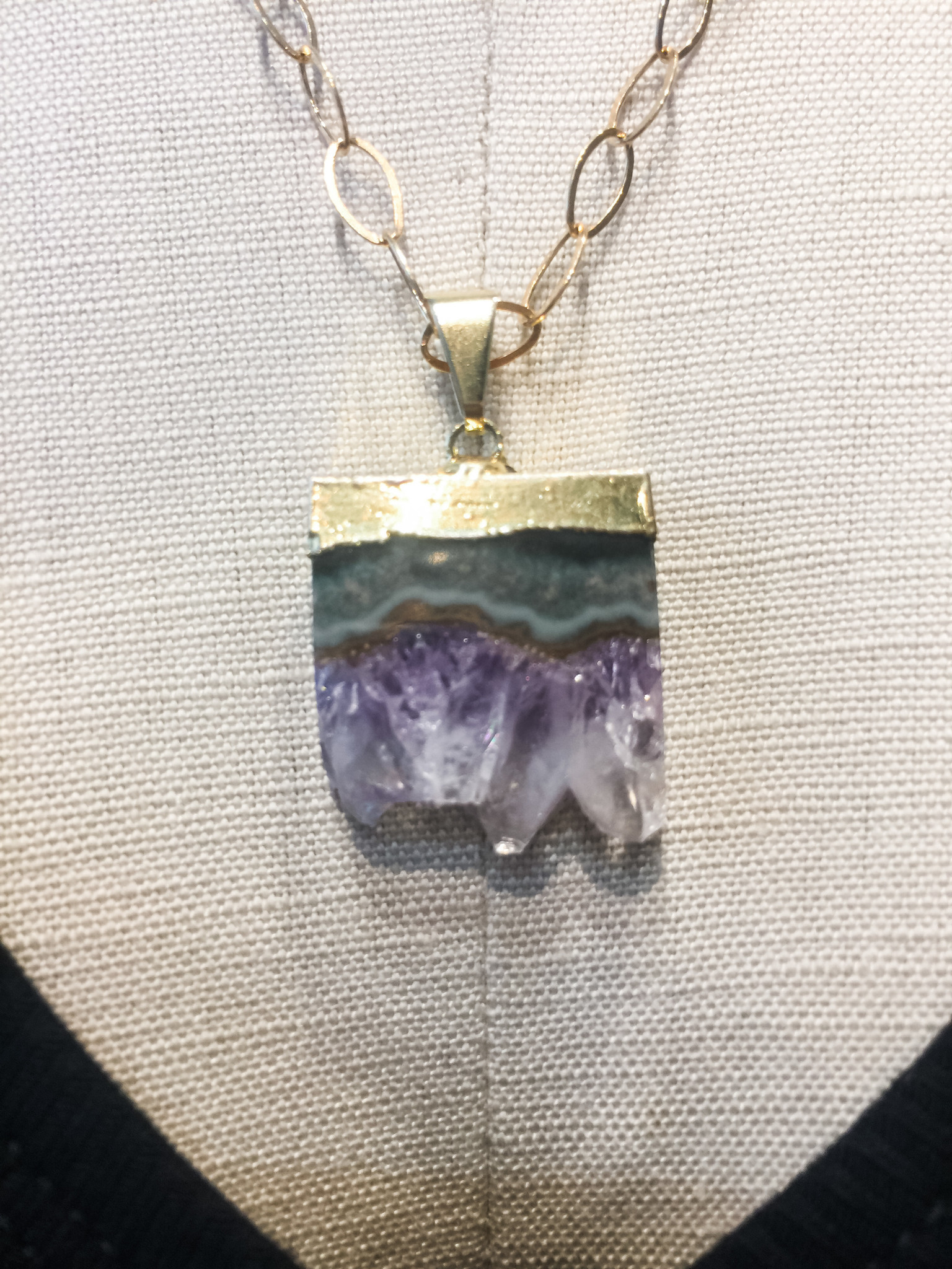 Mary Kathryn Designs Agate Sliced Necklace