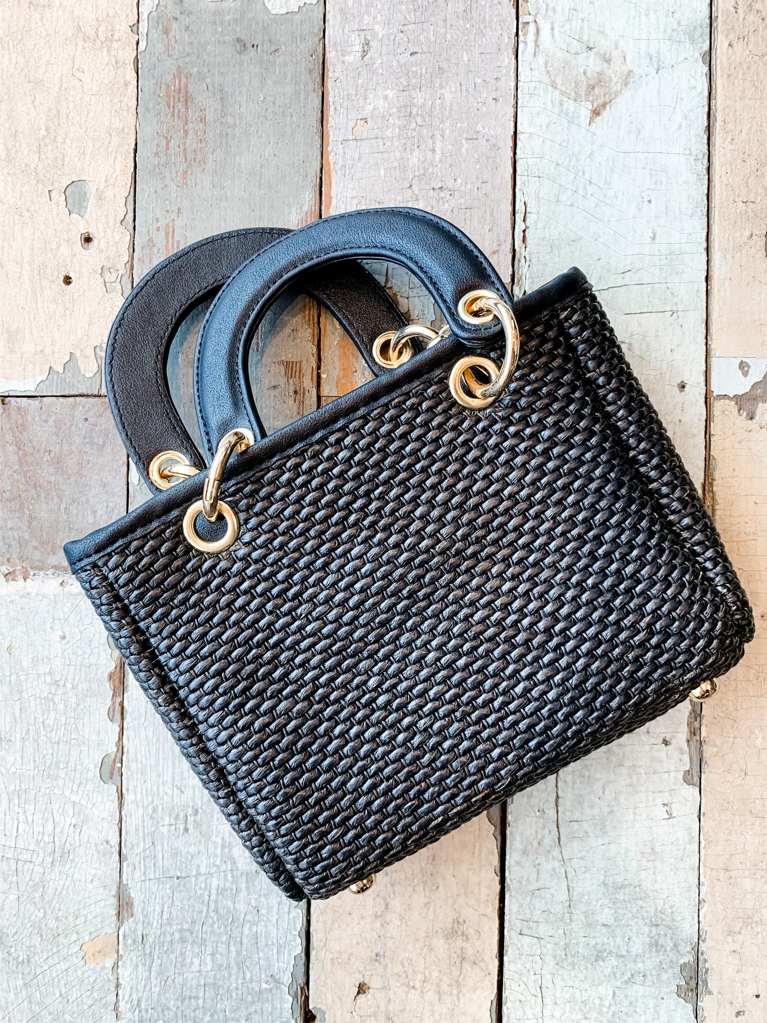 Envy Label Resort Style Handbag Black