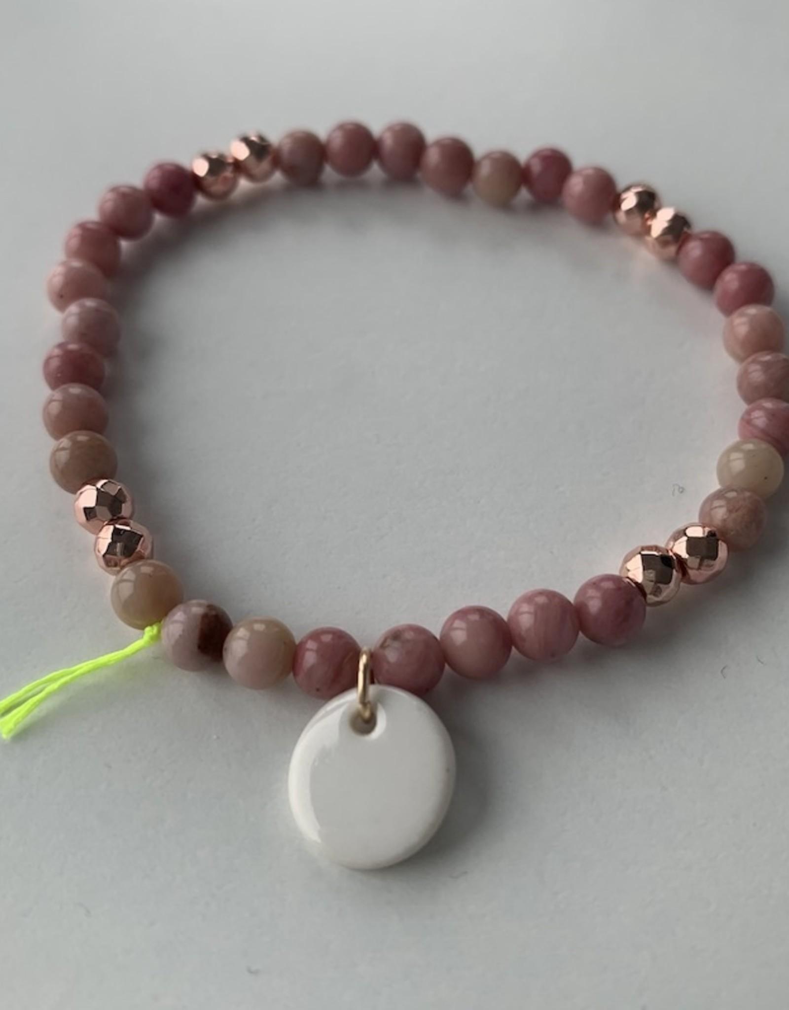 Margote Ceramiste Bracelet Divine petites billes + rhodonite doré