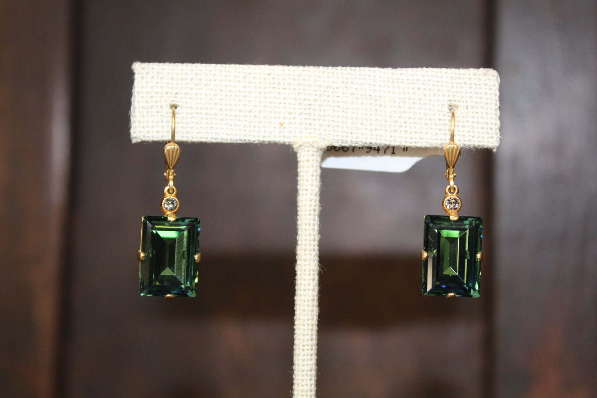La vie Parisienne Gold Square Green Crystal Earring