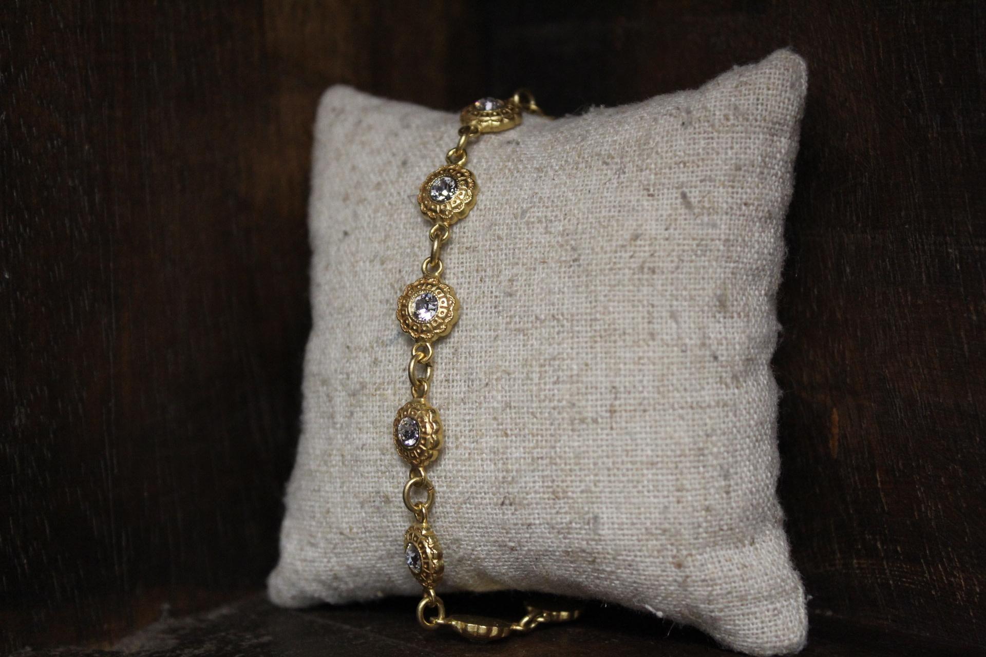 La vie Parisienne Crystal Flower Bracelet