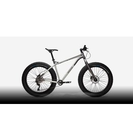 Moose Bicycle Rental Fleet Sale - 2018 Fat Bike 2 (lightly used) - BeaverGuards and Frame Bag included