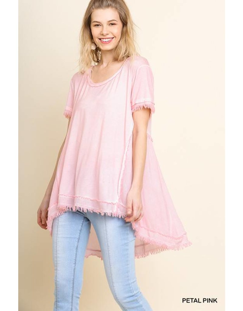 UMGEE SHORT SLEEVE TOP W/ FRAYED AND GATHERED DETAIL