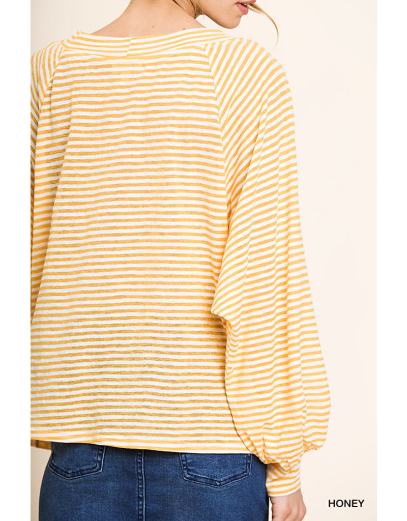 UMGEE STRIPED LONG SLEEVE KEYHOLE TOP W/ CRISS CROSS FRONT