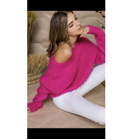 MAIN STRIP Hot pink off the shoulder sweater