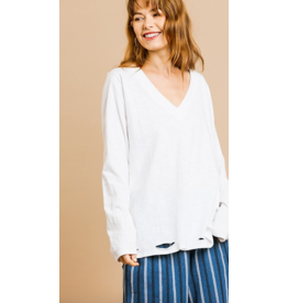 UMGEE Long sleeve v-neck with side slits and distress detail