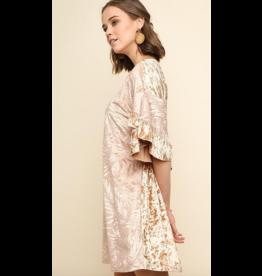 UMGEE Floral velvet dress with ruffled sleeve