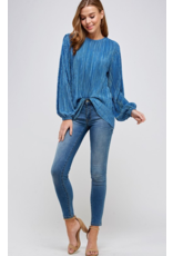2 HEARTS Solid pleated long sleeve blouse