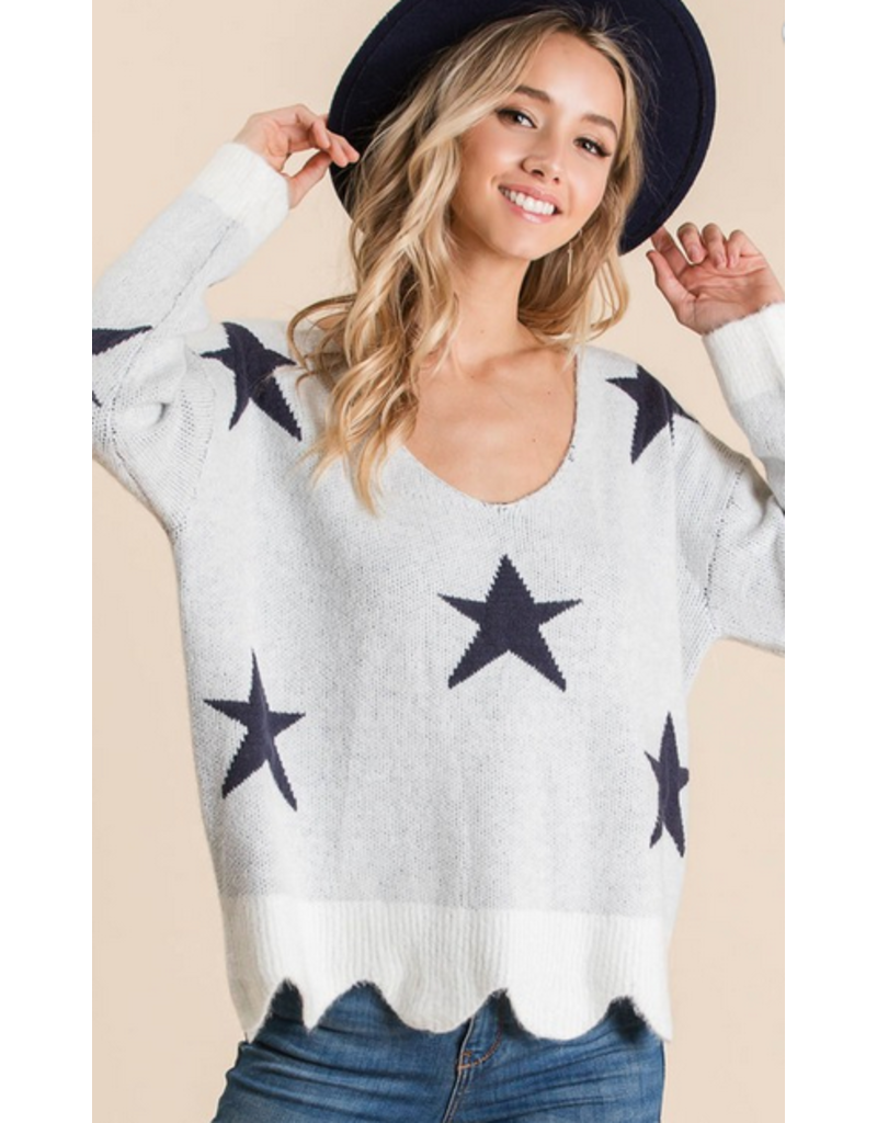 BIBI Vneck all over star scallop sweater