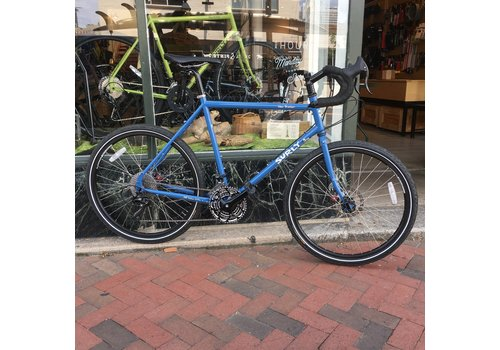 Surly Surly Disc Trucker Complete Bike 54cm 26'' Brilliant Blue
