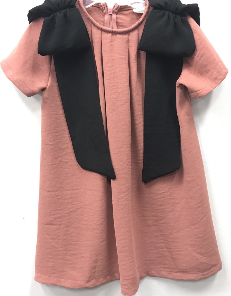 Clo Clo Dress with Big Contrast Bows on Shoulders
