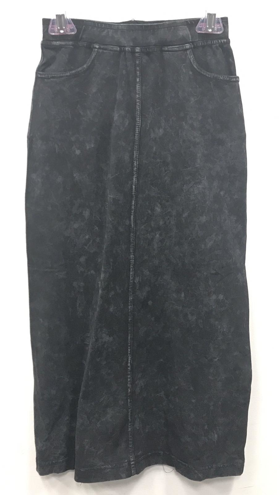 Five Star Long Skirt With Pockets