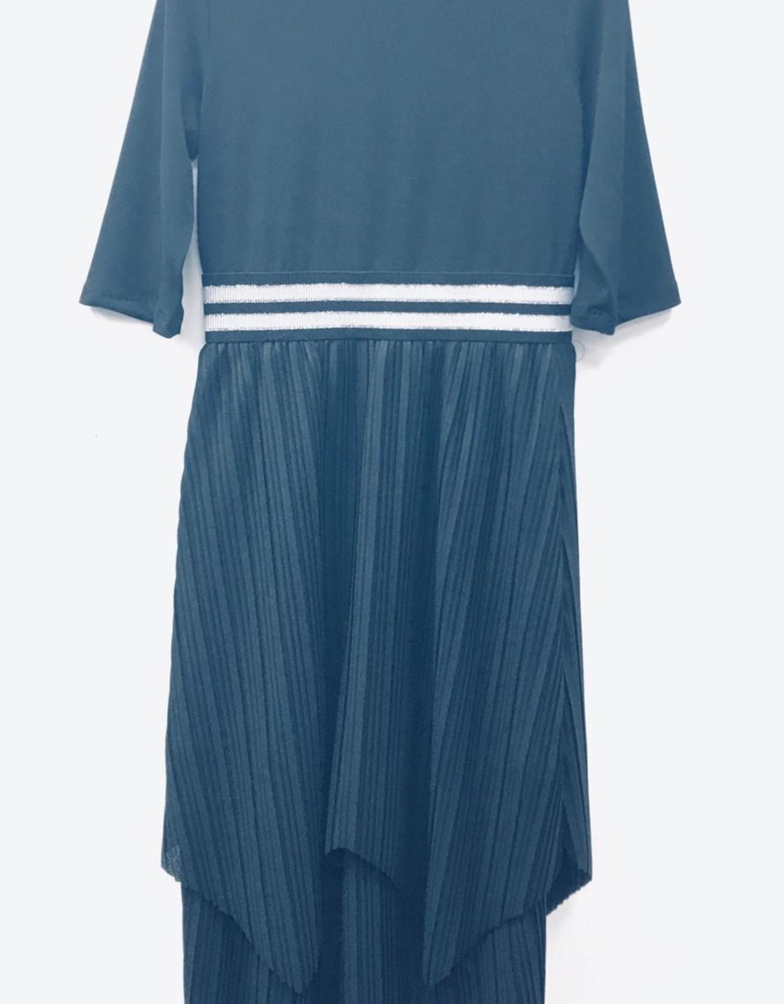 Sofia Rye Sofia Rye Accordion Pleat Robe with Elastic Waist