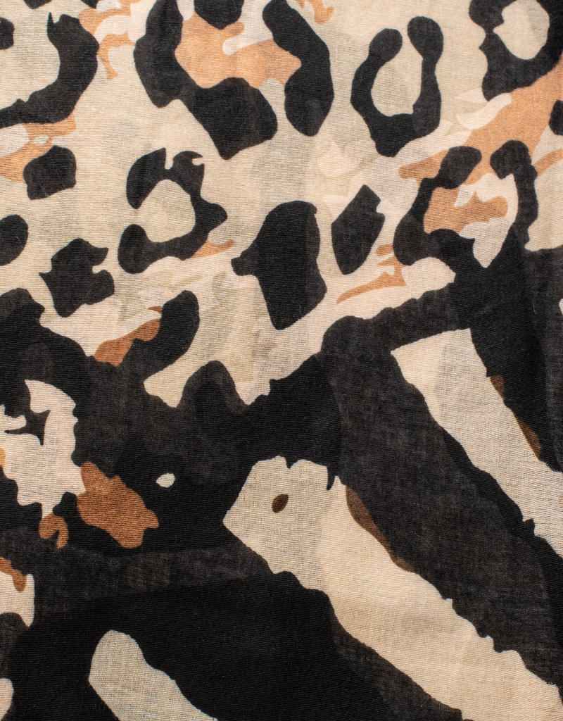 Cherie Cherie Printed Scarf (Flat Square)