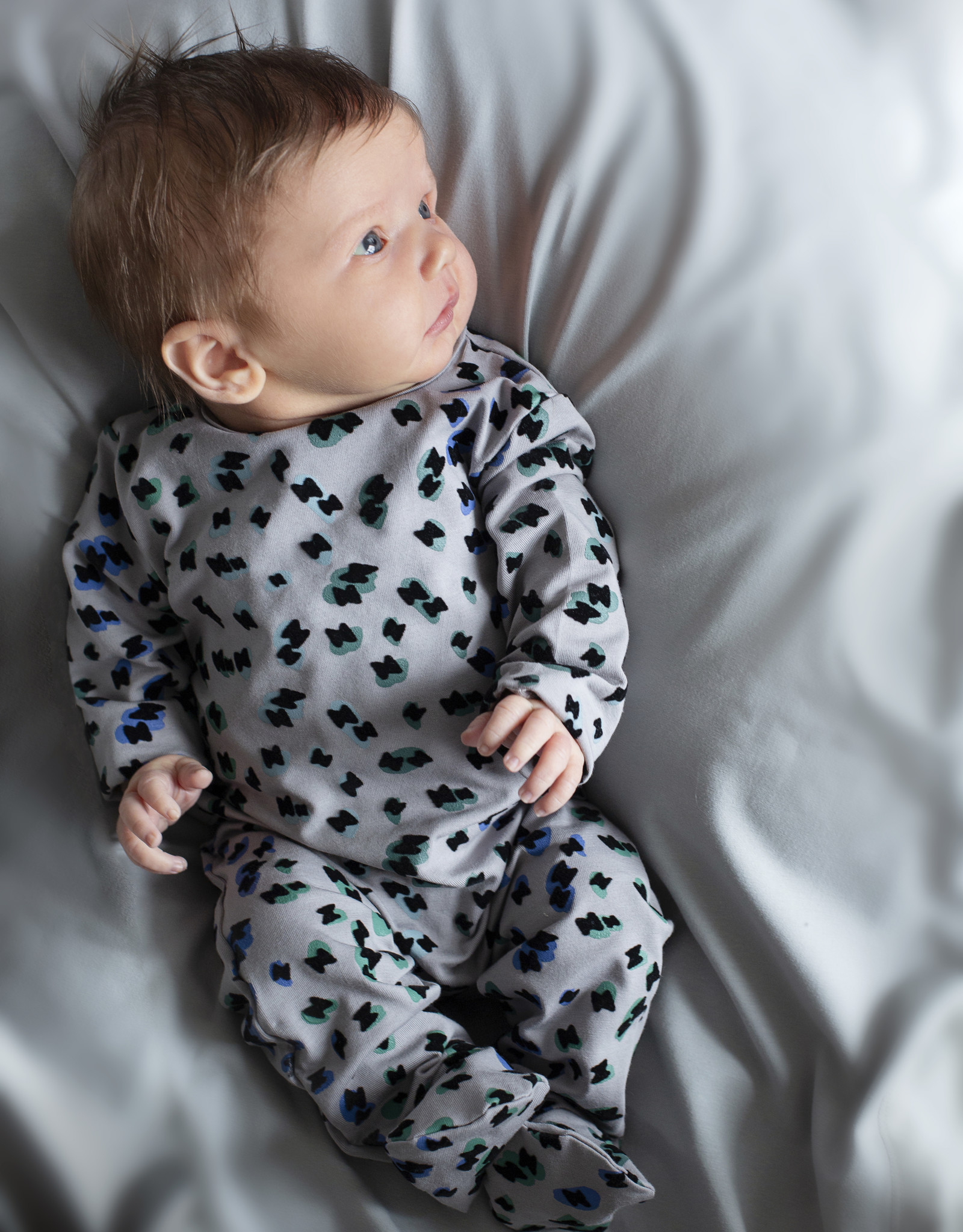Noggi Noggi Colorful Leopard Pajama Footie